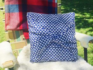 how-to-sew-pillow